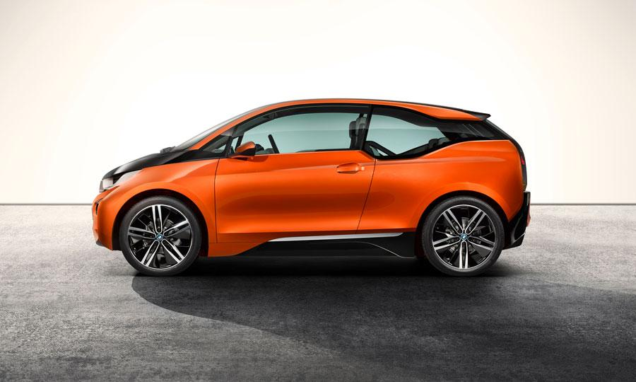BMW-i3-coupe-concept-at-Los-Angeles-auto-show-profile