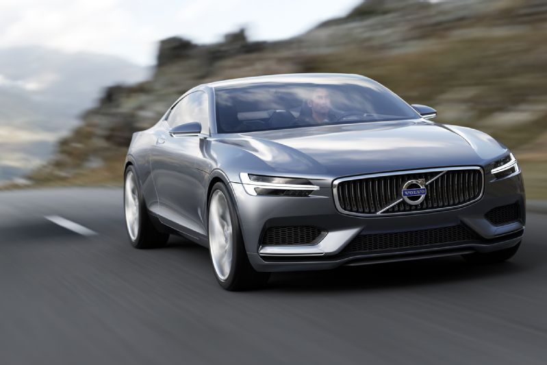 Volvo-Concept-Coupe-front-end-in-motion-02