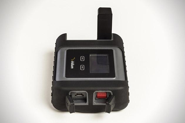 Iridium-Go-Satellite-Wi-Fi-Hotspot-4