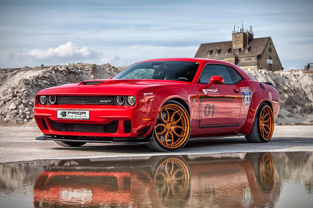 Dodge-Challenger-Hellcat-1