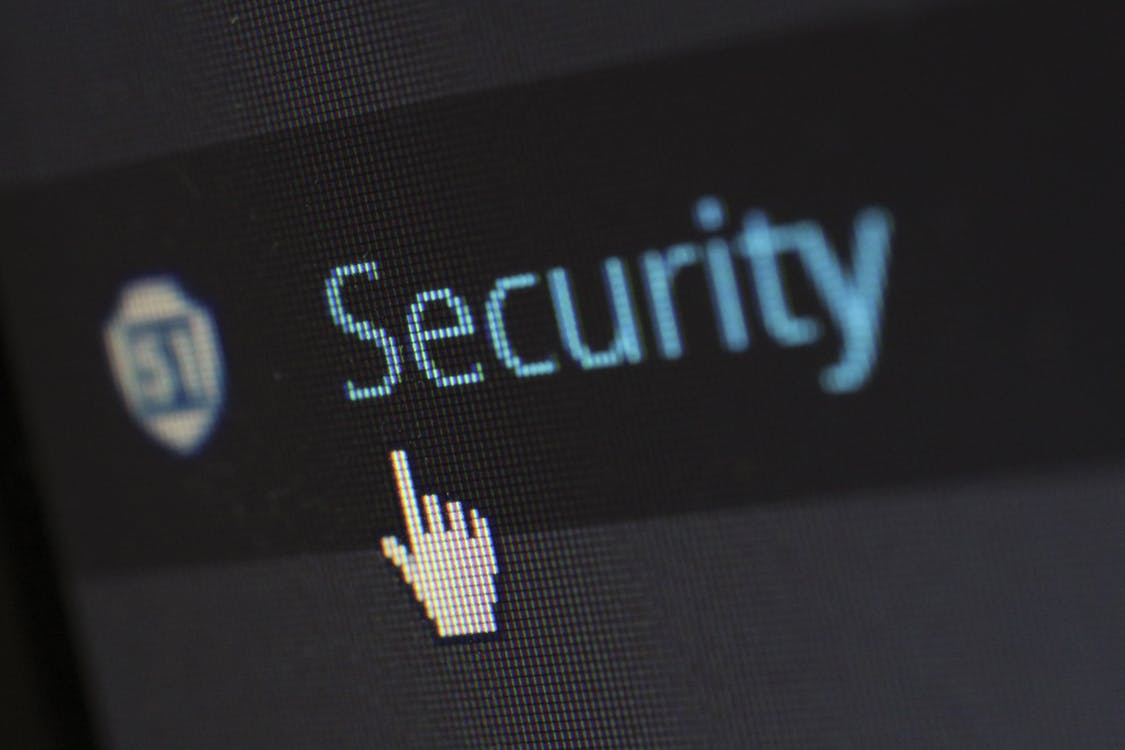 3 Reasons Your Company <br>Needs a More Secure Mobile Platform
